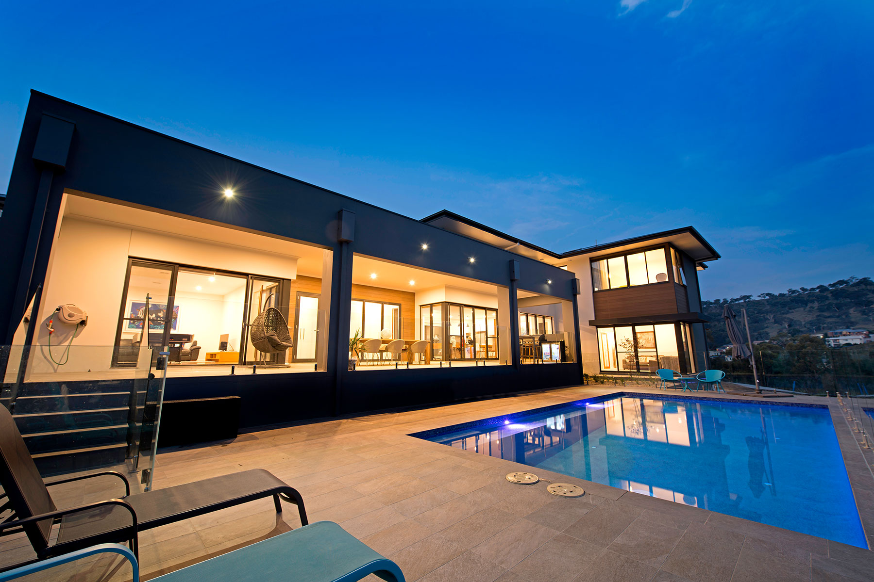 Spectacular home in bushland setting gallery image