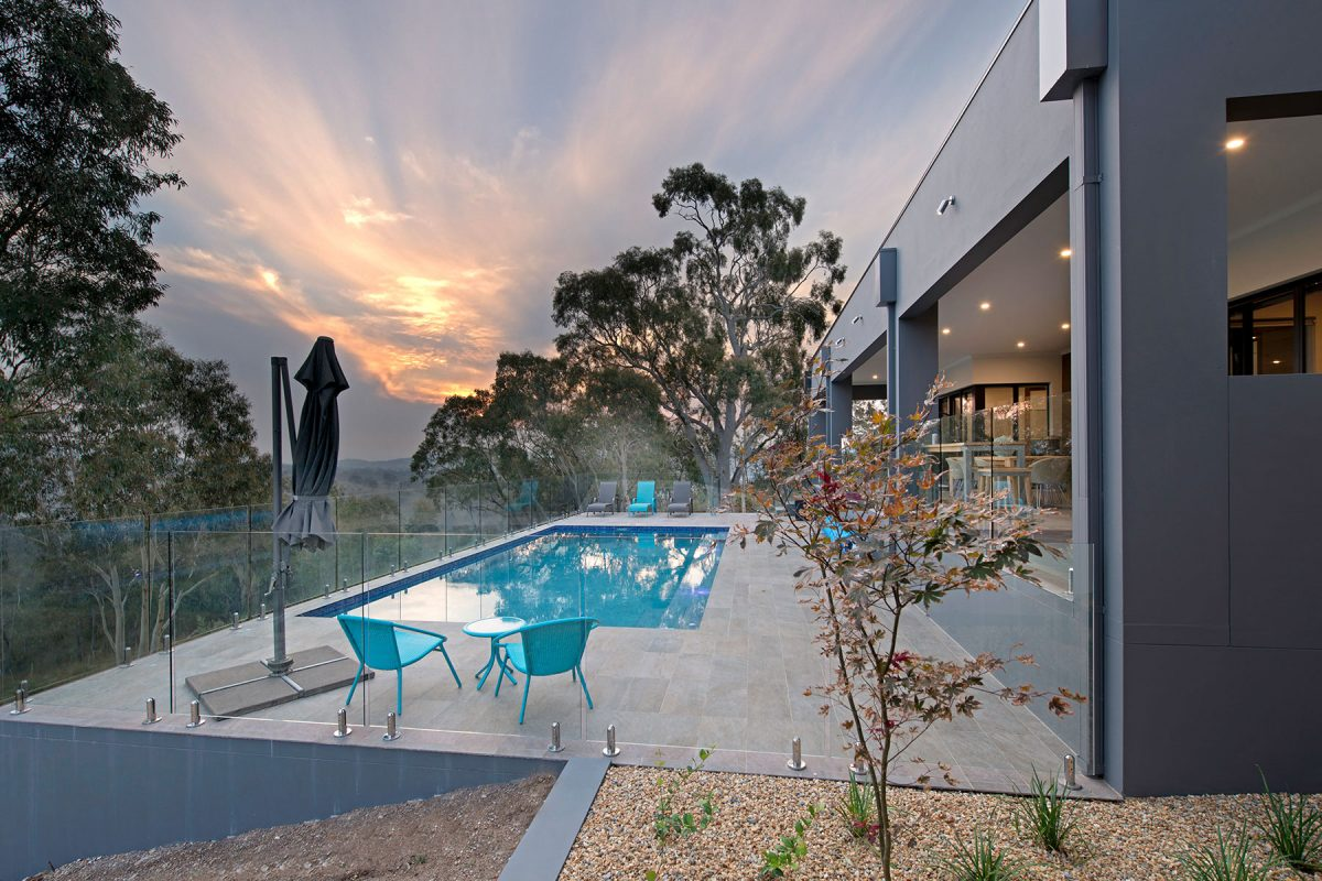 Spectacular home in bushland setting